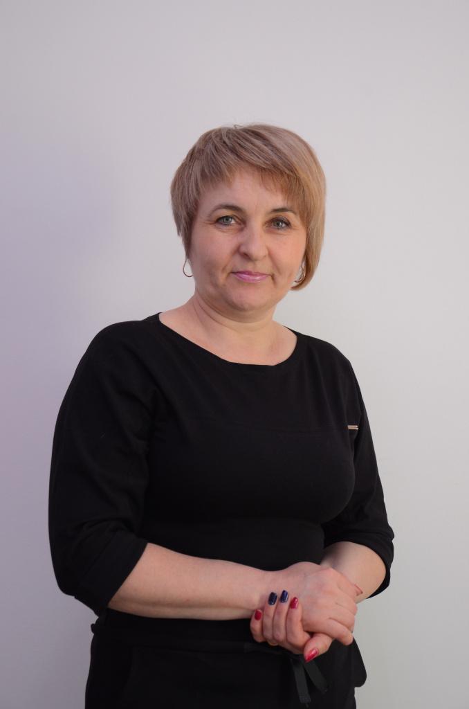 Преподаватель курсов парикмахеров в Херсоне. Валентина Ивановна