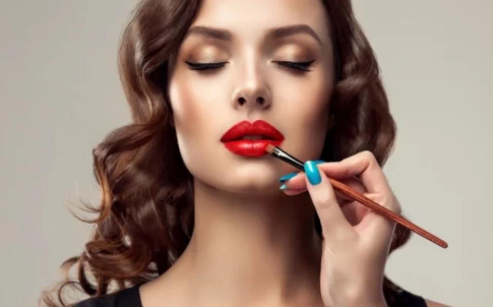 Что должен знать профессиональный визажист, или тренды весеннего макияжа 2019