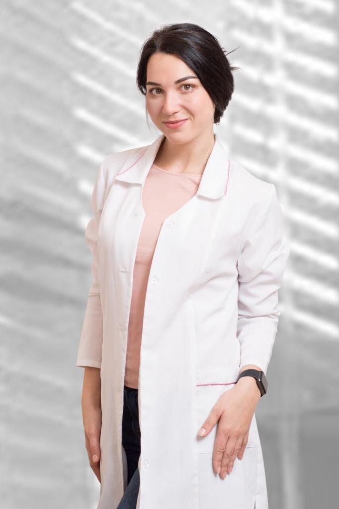 Преподаватель курса косметолог — Александра